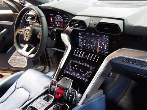lamborghini urus canadian auto review