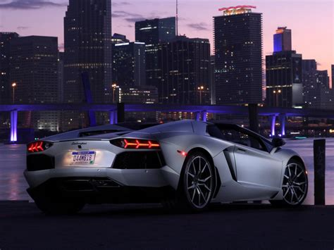 Lamborghini Aventador Lp700-4 Supercar, City, Night