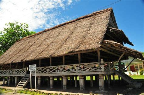 rumah adat  asalnya beserta gambar penjelasan lengkap