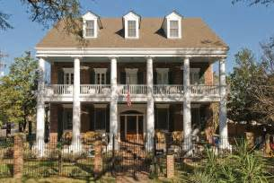 home plans with porch tips to retain the essence of a colonial style house