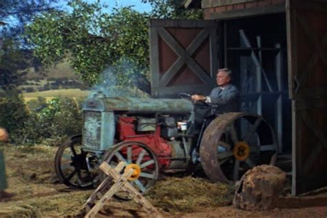 hoyt clagwell tractor green acres star cars wiki