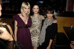 Classify beautiful dark English fashion designer/model ...