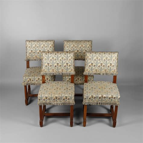Tapisserie Chaise by Tapisser Chaise