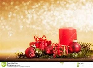 Dekorationsvorschläge Für Weihnachten : rote kerze verziert f r weihnachten mit flitter und ~ Lizthompson.info Haus und Dekorationen