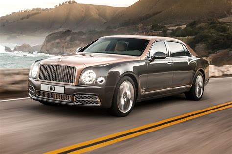 2017 bentley mulsanne first look review motor trend