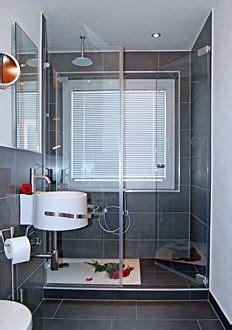 Dusche Mit Fenster by Traumbad Toilette Und Dusche In Rosenheim