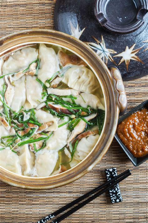 donabe cookbook review  gyoza nabe japanese dumpling