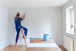 Auf Latexfarbe Tapezieren : tapezieren leicht gemacht dienstleistungen handwerk ~ Frokenaadalensverden.com Haus und Dekorationen
