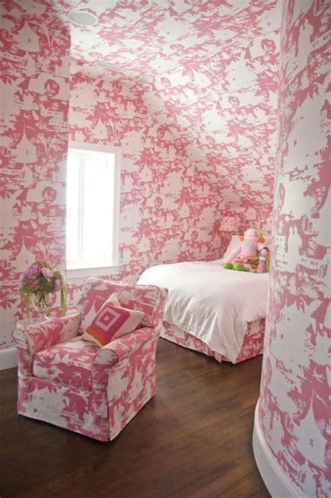 pink wallpaper for bedroom suzie zoe feldman design pink pink girl s bedroom with 16758   280d987de8c40417c91af7cccd84bde2