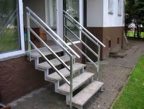 handlauf treppen kleine treppen gestaltung optionen mit excellente handlauf verzinkt installation gestalten