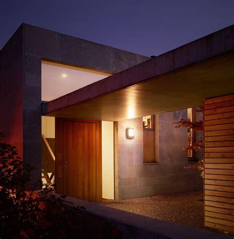 LED Außenleuchte mit Bewegungsmelder Steinel