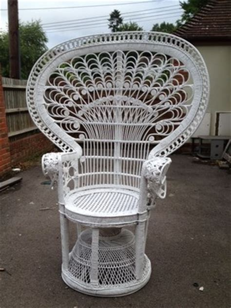 white wicker peacock chair when i grow up i want to be a
