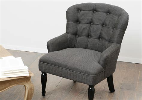 chaise capitonné chaise de salon capitonne
