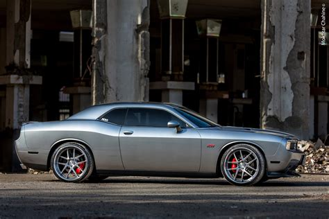 adv dodge challenger srt picture