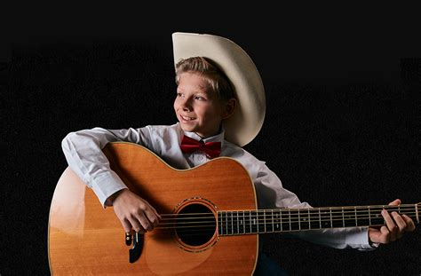Youtube Sensation Mason Ramsey Signs Record Deal
