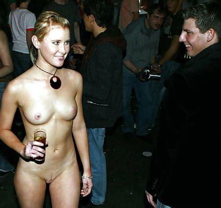 Nude festival girls