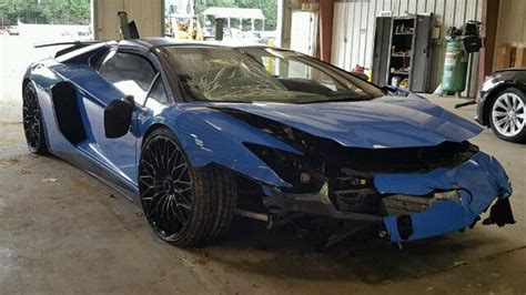 crashed white lamborghini this lamborghini aventador sv only made it 73 miles before