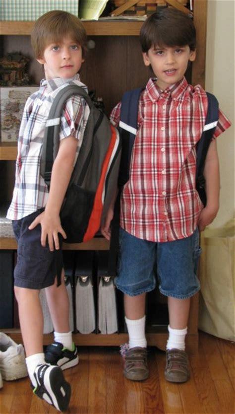 school 108 | TwinsFirstDayOfKindergarten02 341x600