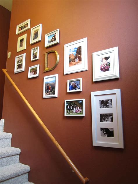 great ideas  display family    walls