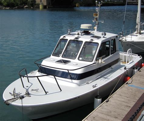 Whaler Boats by 1990 Boston Whaler Defiance Power Boat For Sale Www
