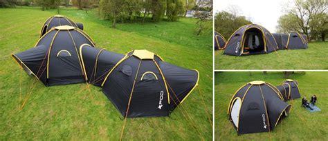 des toiles de tentes modulaires et reliables par des tunnels les bonnes id 233 es voyage