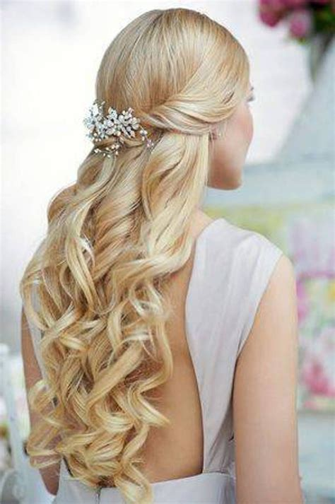 pictures of haircuts curly hairstyles half up half search 9668
