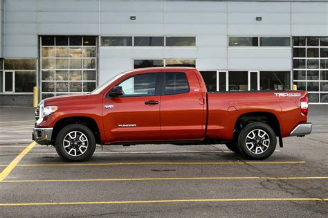 test drive  toyota tundra double cab sr