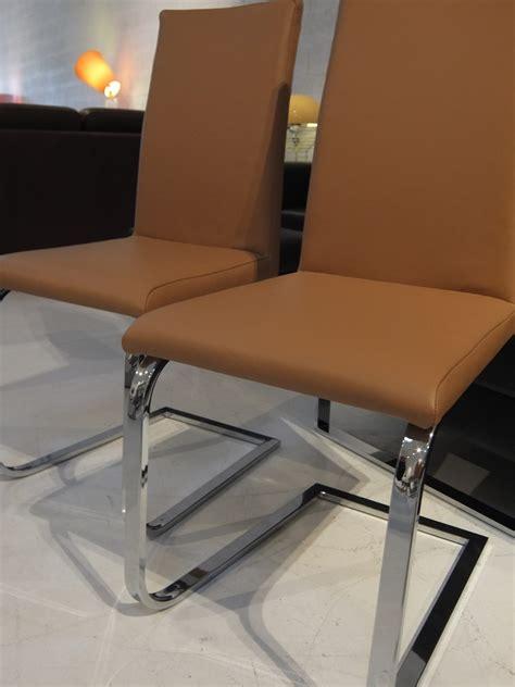 chaises cuir chaise seaside paire de chaises en cuir duca café au lait