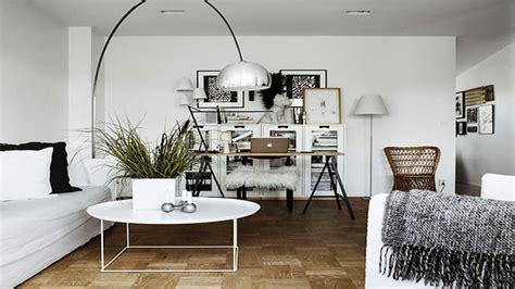 bureau peu encombrant fabriquer un bureau soi même pour chambre et salon