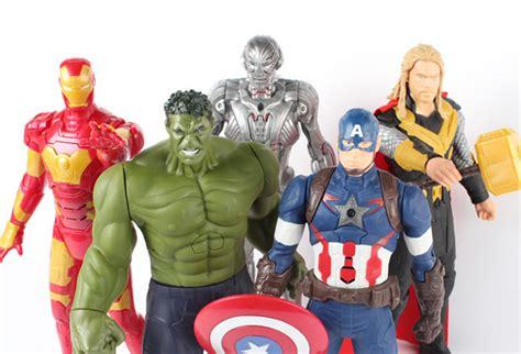hulk avengers 2 luz sonido 30cm iron man capitan thor hulk