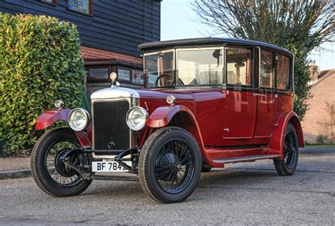 This year they had over 100 antique autos. Ref 59 1925 Daimler Landaulette Limousine