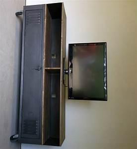 meuble tv industriel avec ancien vestiaire d39usine et With meuble vestiaire d entree 10 vestiaire meuble tv industriel usine restaure metal et bois