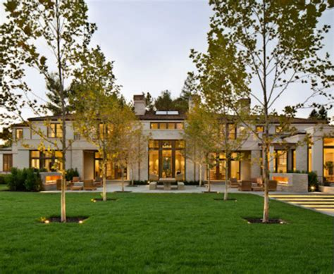 paul allens luxurious  mansion  northern californias gorgeous coast celebrity house