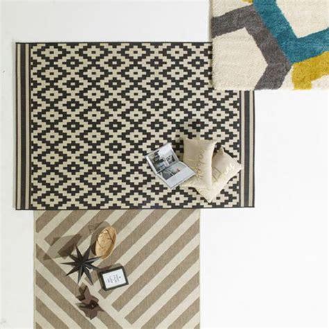 tapis losange noir et blanc castorama