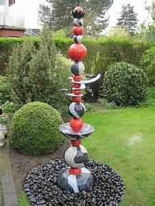 keramik steledekorationgetopferthandarbeitgarten With französischer balkon mit bronze statue garten