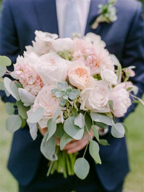 trending wedding bouquet ideas  succulents