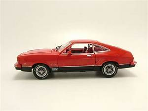 Modellauto Ford Mustang : ford mustang 2 mach 1 1976 rot modellauto 1 18 ~ Jslefanu.com Haus und Dekorationen