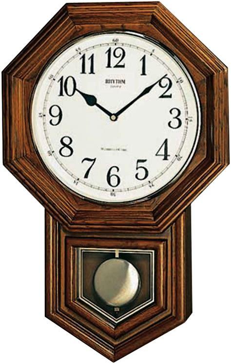 pendule de cuisine design horloge murale entourage bois à balancier horloge murale