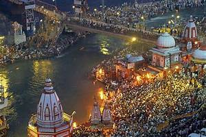 Top 10 Popular Hindu Religious Places in India