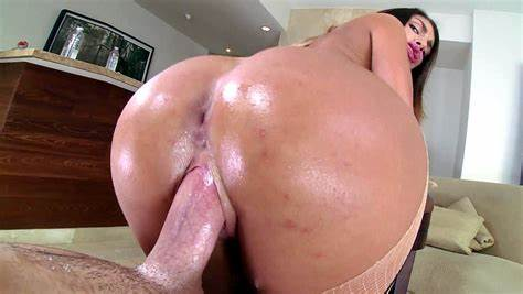 Close Up Butts Gets And Sticky Facial