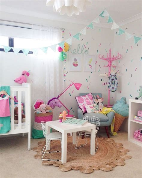 Kinderzimmer Mädchen Deko by Buntes Kinderzimmer M 228 Dchen Einhorn Deko Design Nursery