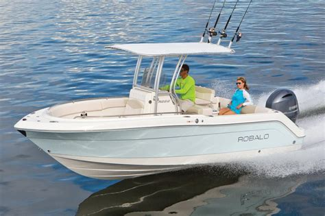 Robalo Boat Dealers In Ma by 2018 Robalo R222 Center Console Power Boat For Sale Www