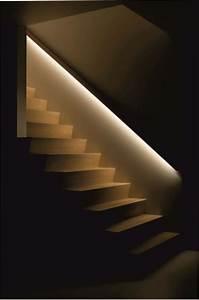 Indirekte Beleuchtung Treppe : handlauf mit beleuchtung h uschen ~ Pilothousefishingboats.com Haus und Dekorationen
