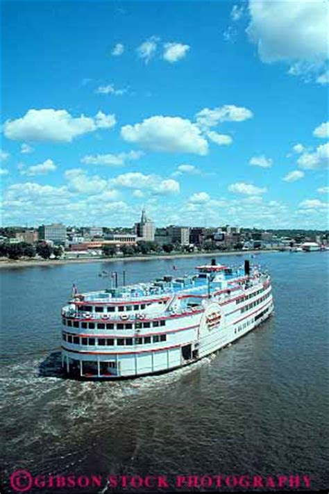 The Boat Casino Iowa by President Riverboat Casino On Mississippi River Davenport
