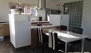 petit ilot central de cuisine maison design bahbecom With ordinary meuble de cuisine ilot central 10 un ilot de cuisine moderne pas cher bidouilles ikea
