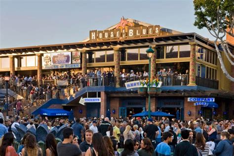 garden walk anaheim anaheim house of blues wants to leave downtown disney for