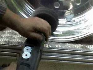 Aluminium Hochglanz Polieren : lkw felge auf hochglanz polieren youtube ~ Frokenaadalensverden.com Haus und Dekorationen