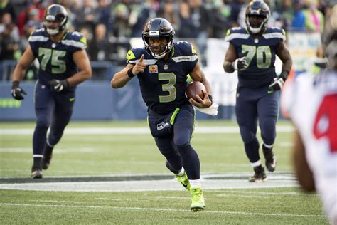 seahawks rams rivalry countdown play      russell