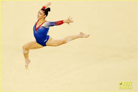 aly raisman floor routine biles aly raisman s floor exercise