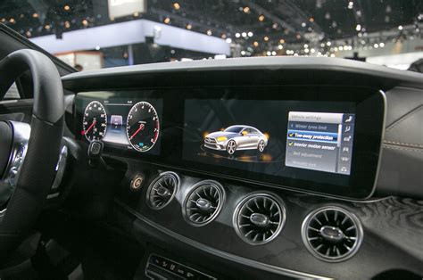 mercedes dashboard 2019 mercedes benz cls dashboard detail motor trend
